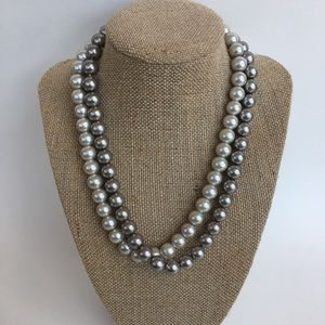 Set of Pearl Necklaces